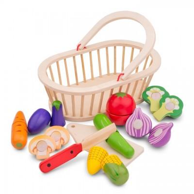 10589 Дървена кошница със зеленчуци за рязане