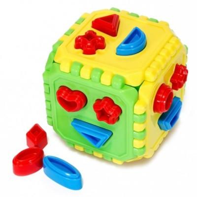 623284 Цветен куб за сортиране с форми